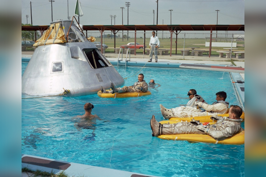 Apollo 1 water test Grissom Chaffee