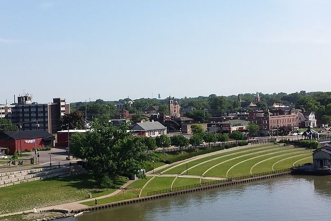 Downtown Jeffersonville Indiana viewed from the Big 4 Bridge