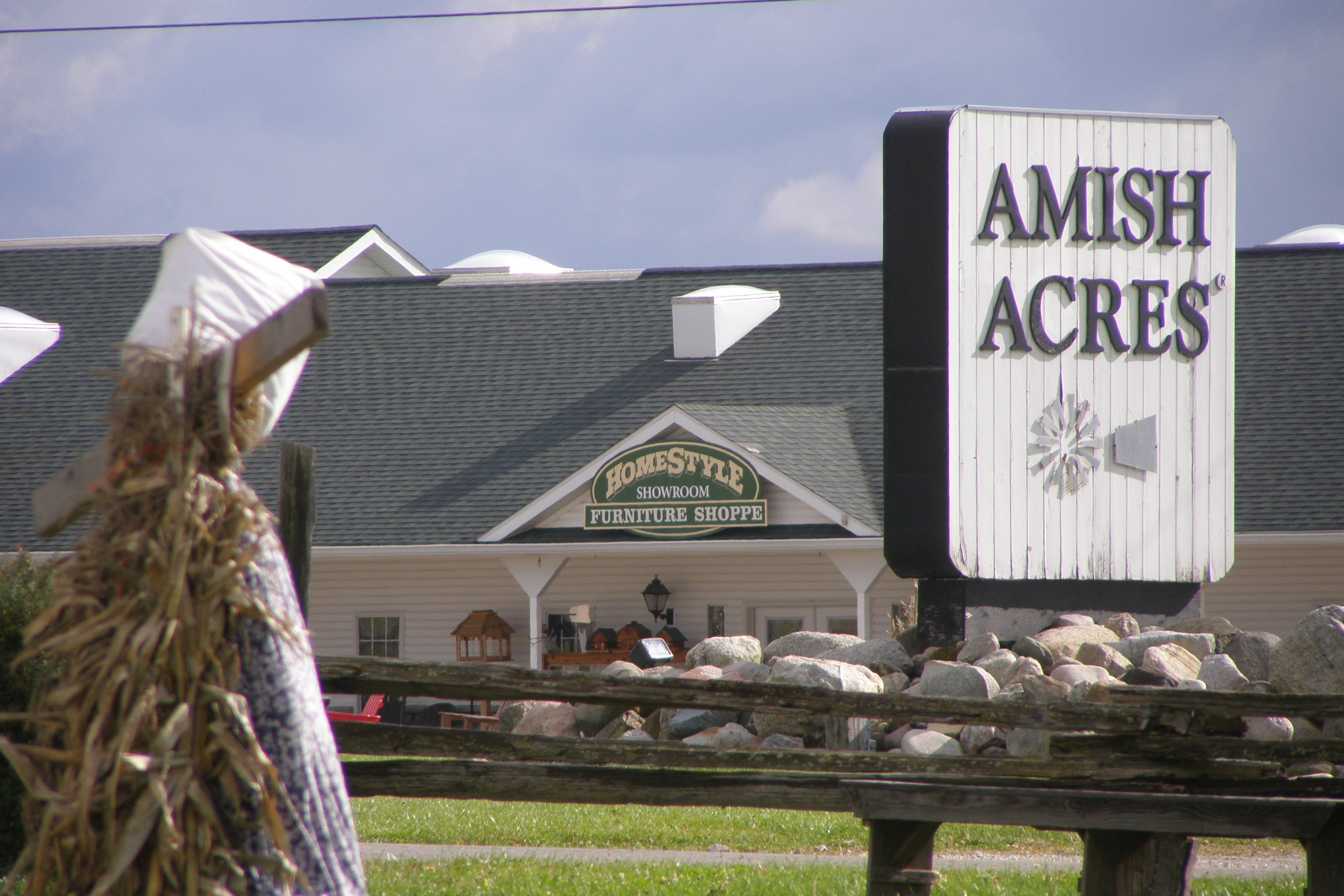 Amish Acres sign in Nappenee, Indiana.