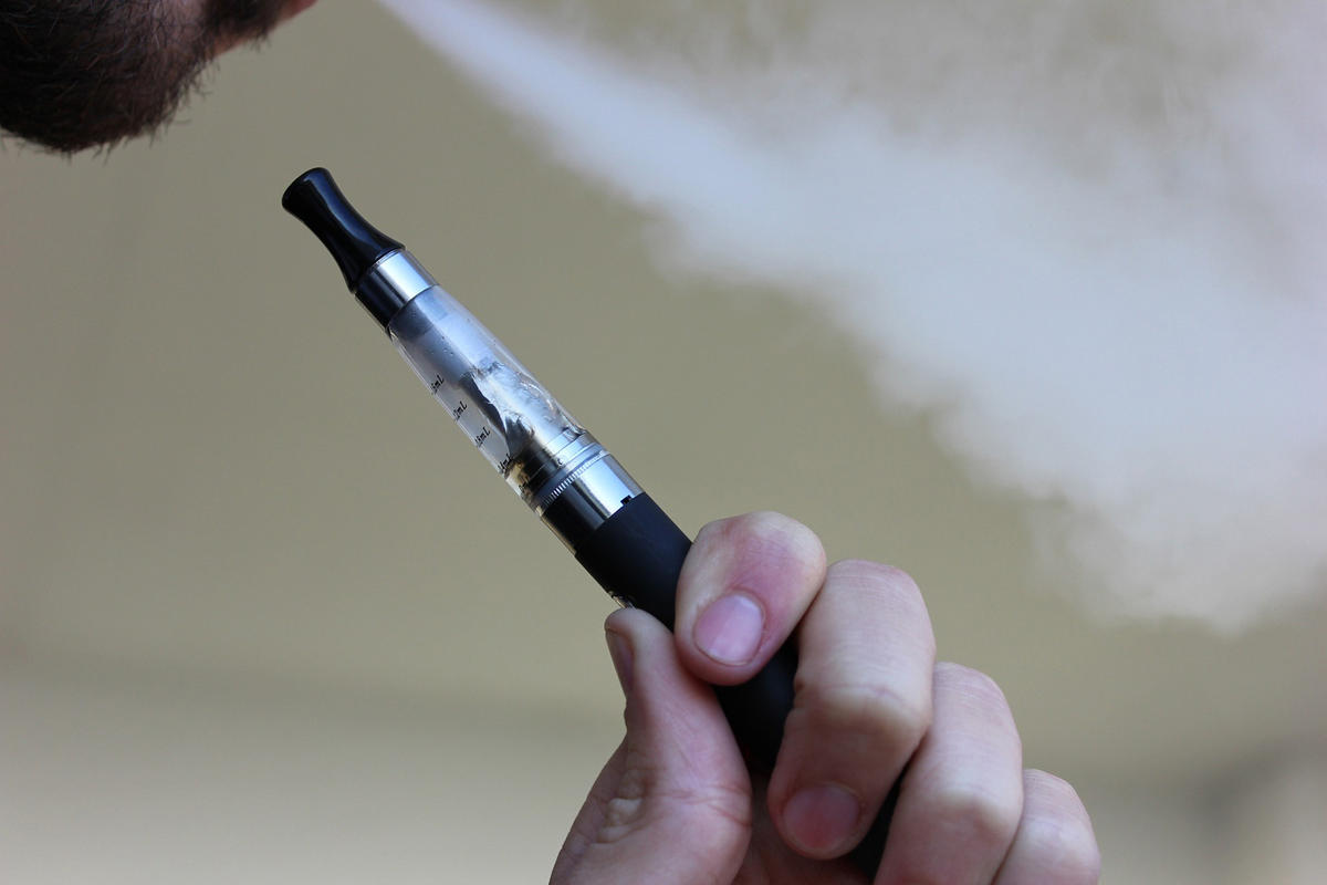 e-cig close-up