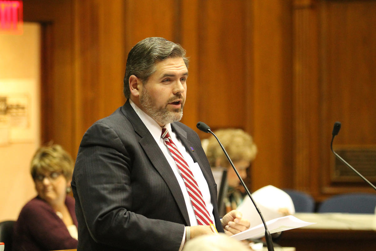 Rep. Ed Clere (R-New Albany).