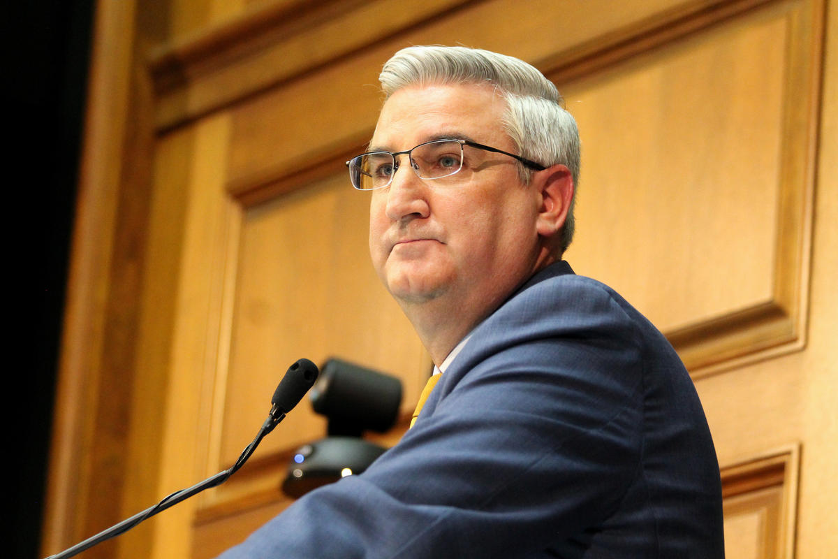 A picture of Governor Holcomb