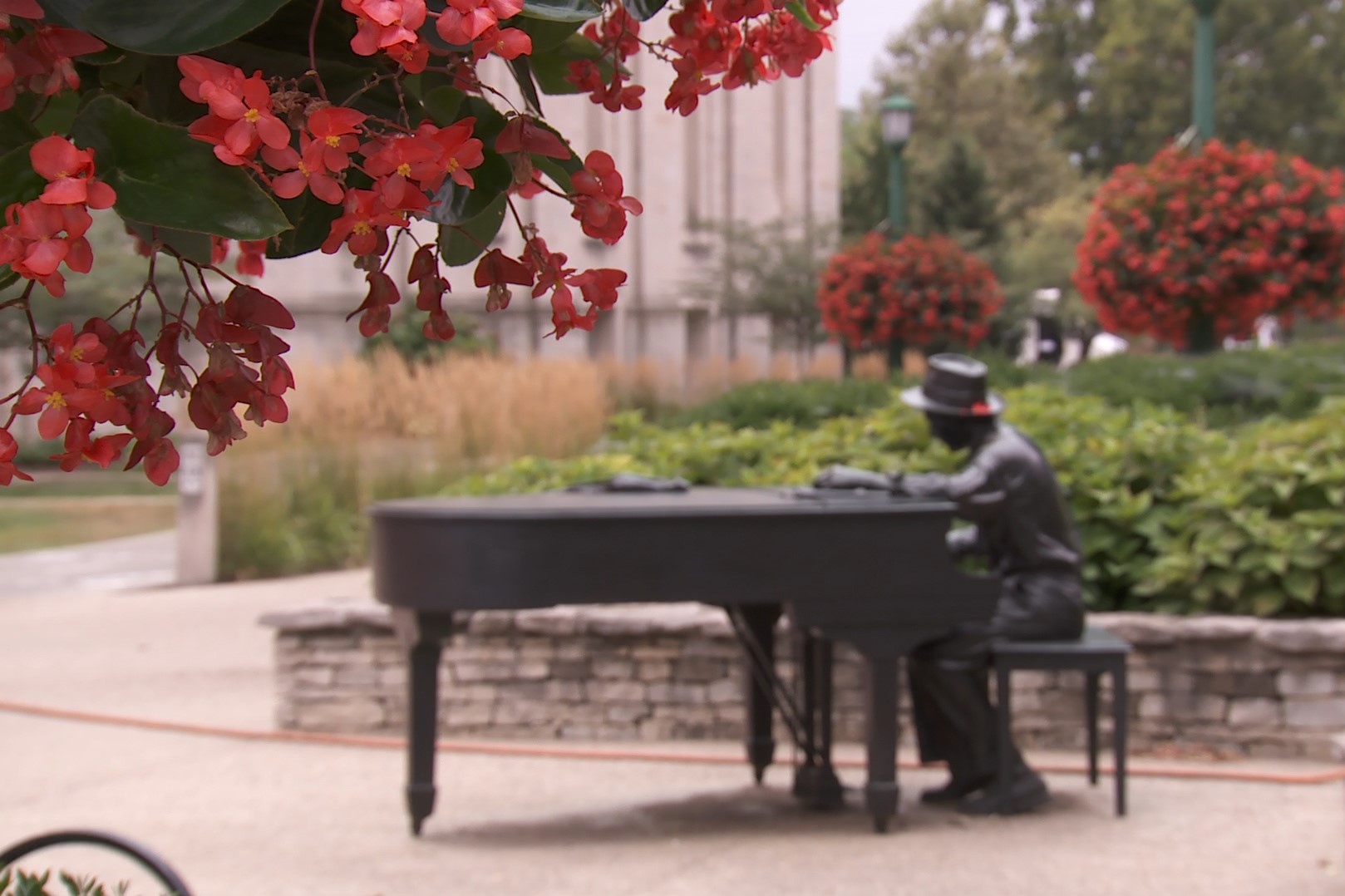 The Hoagy Carmichael statue outside the IU Auditorium, August 2019.