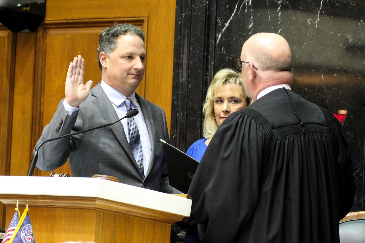 Speaker Todd Huston (R-Fishers) sworn in by Supreme Court Justice Mark Massa.