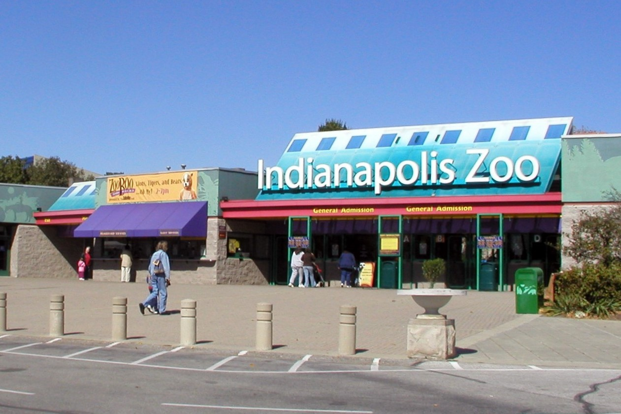 The entrance to the Indianapolis Zoo.