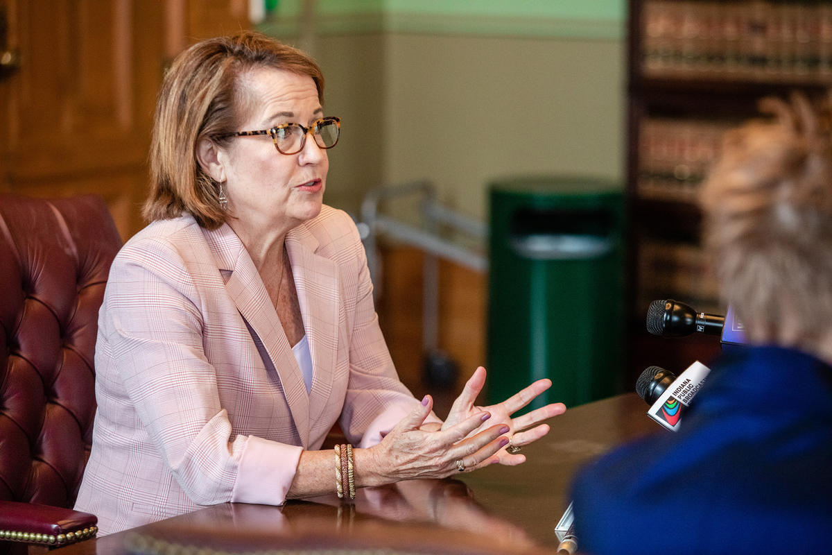 Chief Justice Loretta Rush speaks to the Indiana Judicial Nominating Commission, Aug. 21, 2019.