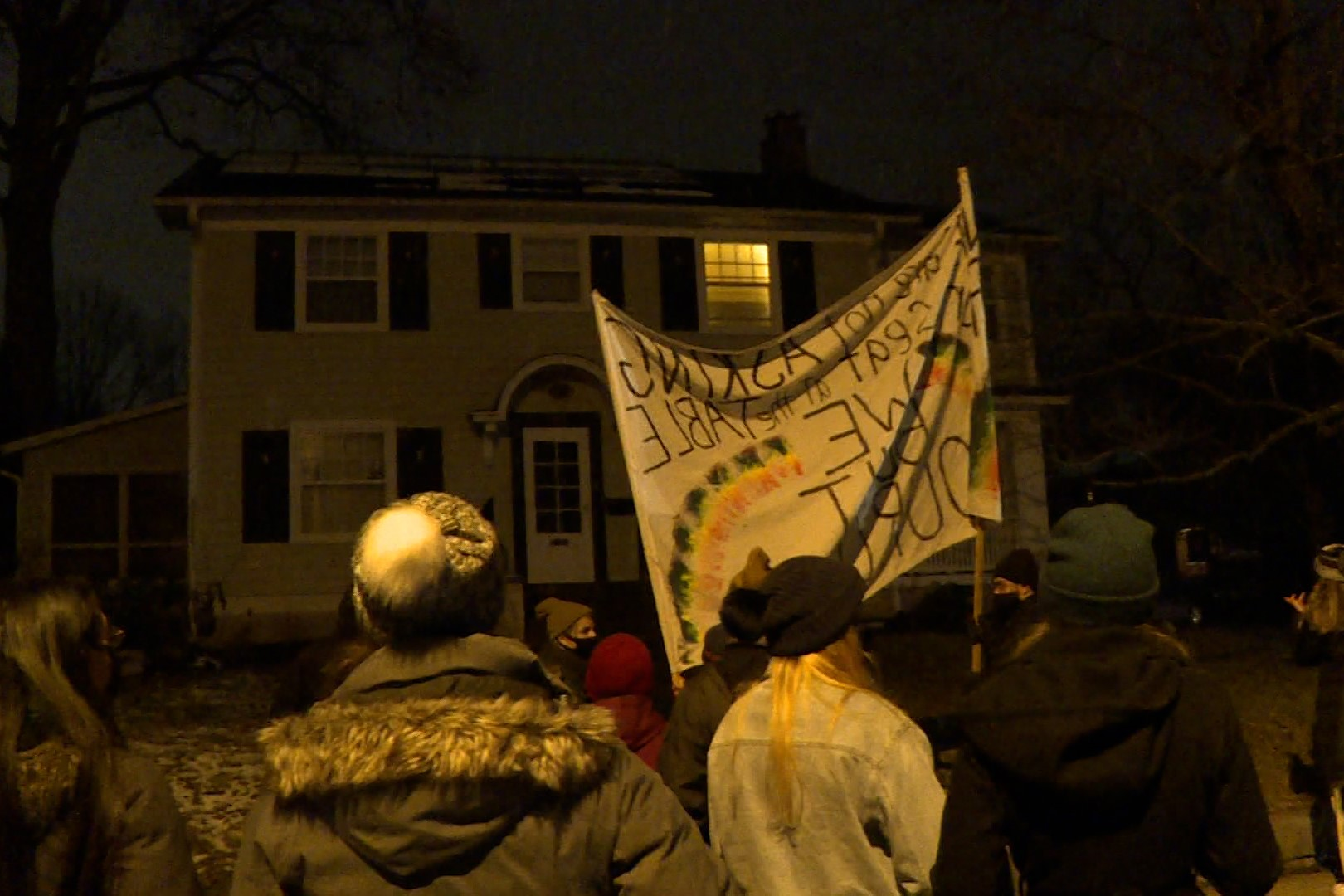 A photo of the MLK rally at Mayor John Hamilton's house.