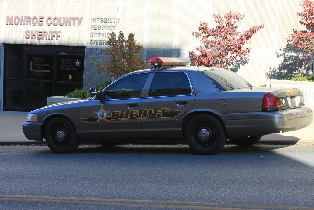 Image of Monroe County Sheriff  car