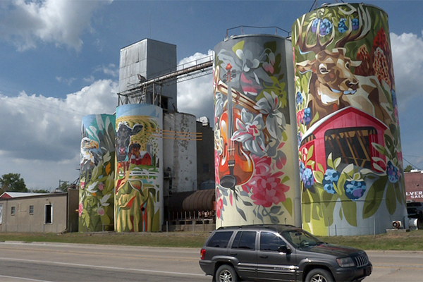 Greencastle's painted silos