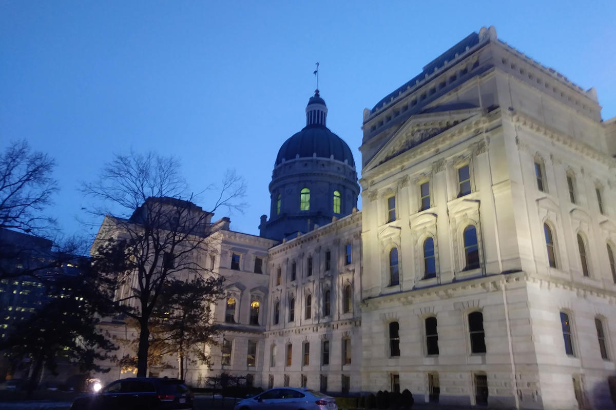 Indiana statehouse at dusk