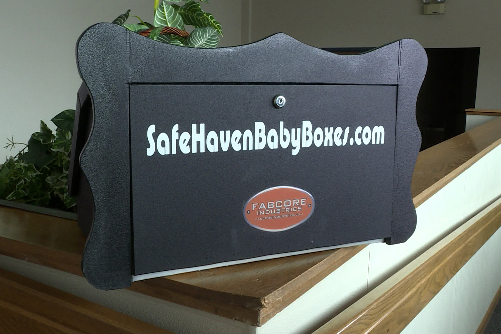 A baby box device.