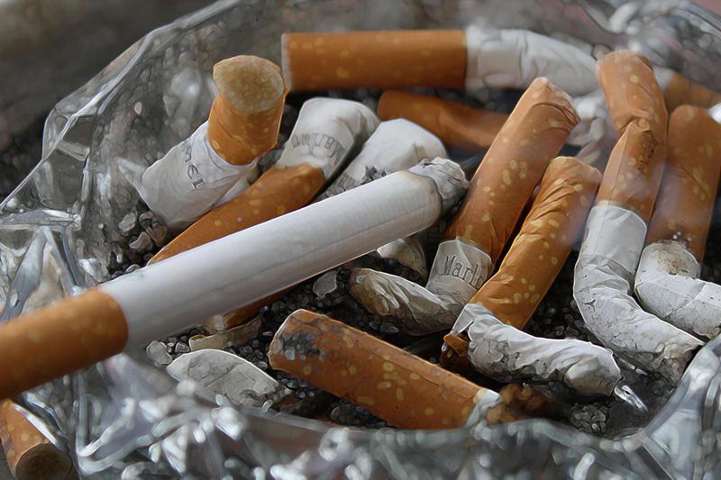 cigarettes-83571__1_.jpg