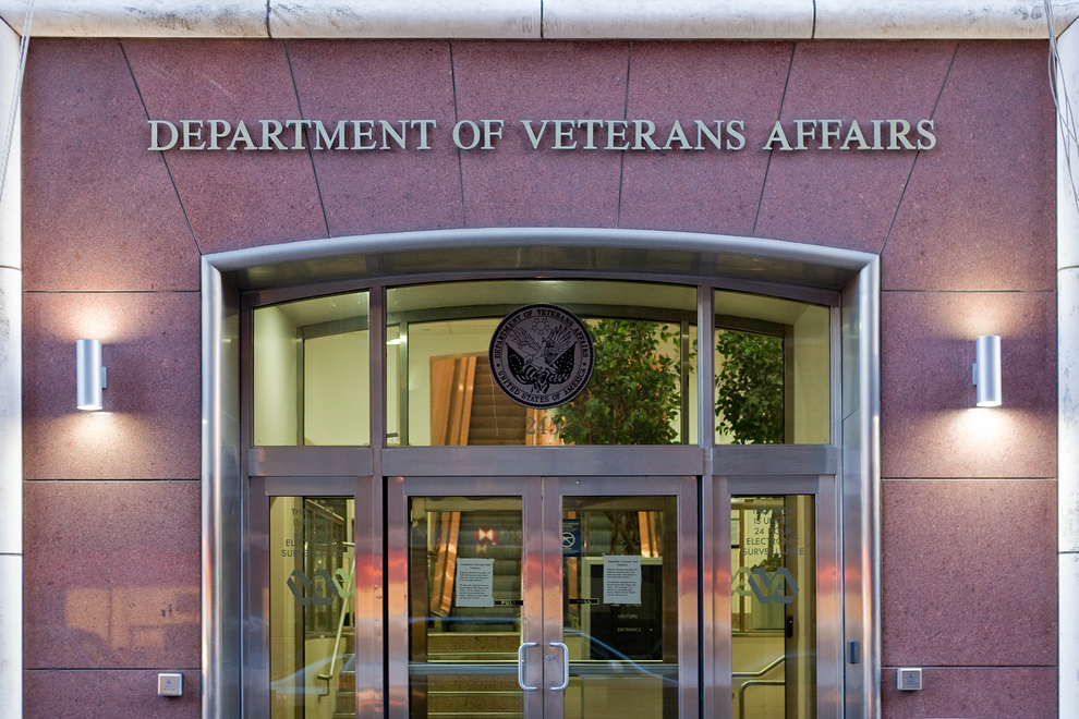 dep-veterans-affairs.jpg