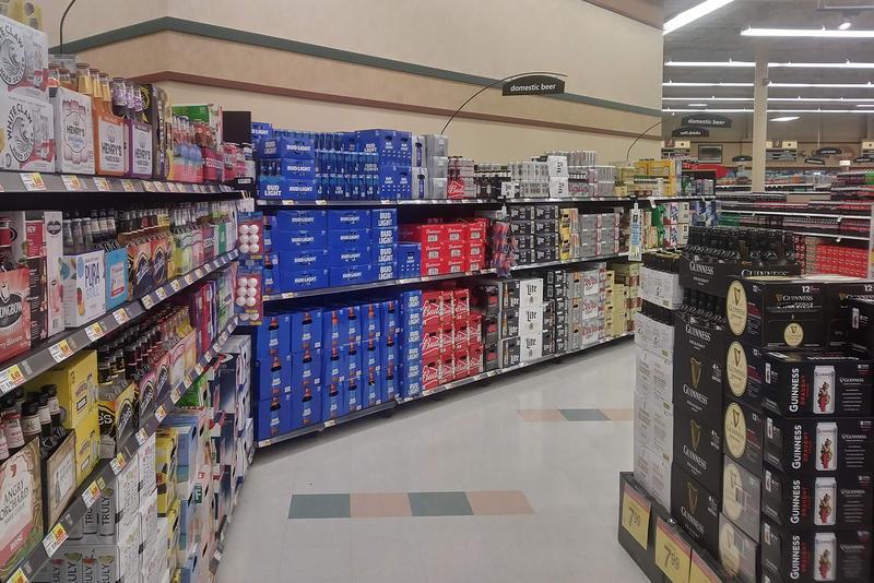 grocery_store_beer2-lc.jpg