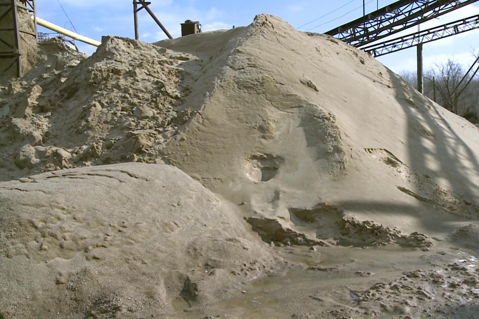 sand-piles.jpg