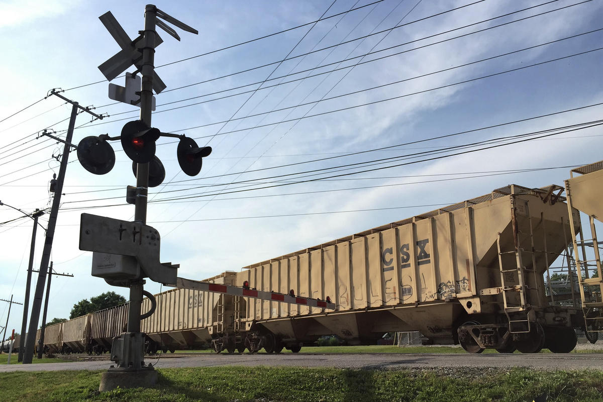 train_crossing_in_crawfordsville-charlotte_tuggle-wbaa.jpg