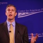 U.S. Secretary of Education Arne Duncan will offer flexibility to states in deciding whether to tie student test scores to teacher evaluations next year.