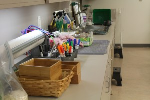 Art supplies line the countertop in a preschool classroom at the Indianapolis Museum of Art. (Photo Credit: Rachel Morello/StateImpact Indiana)