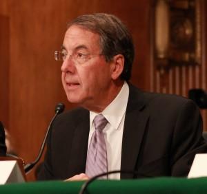 Ivy Tech president Tom Snyder will retire.