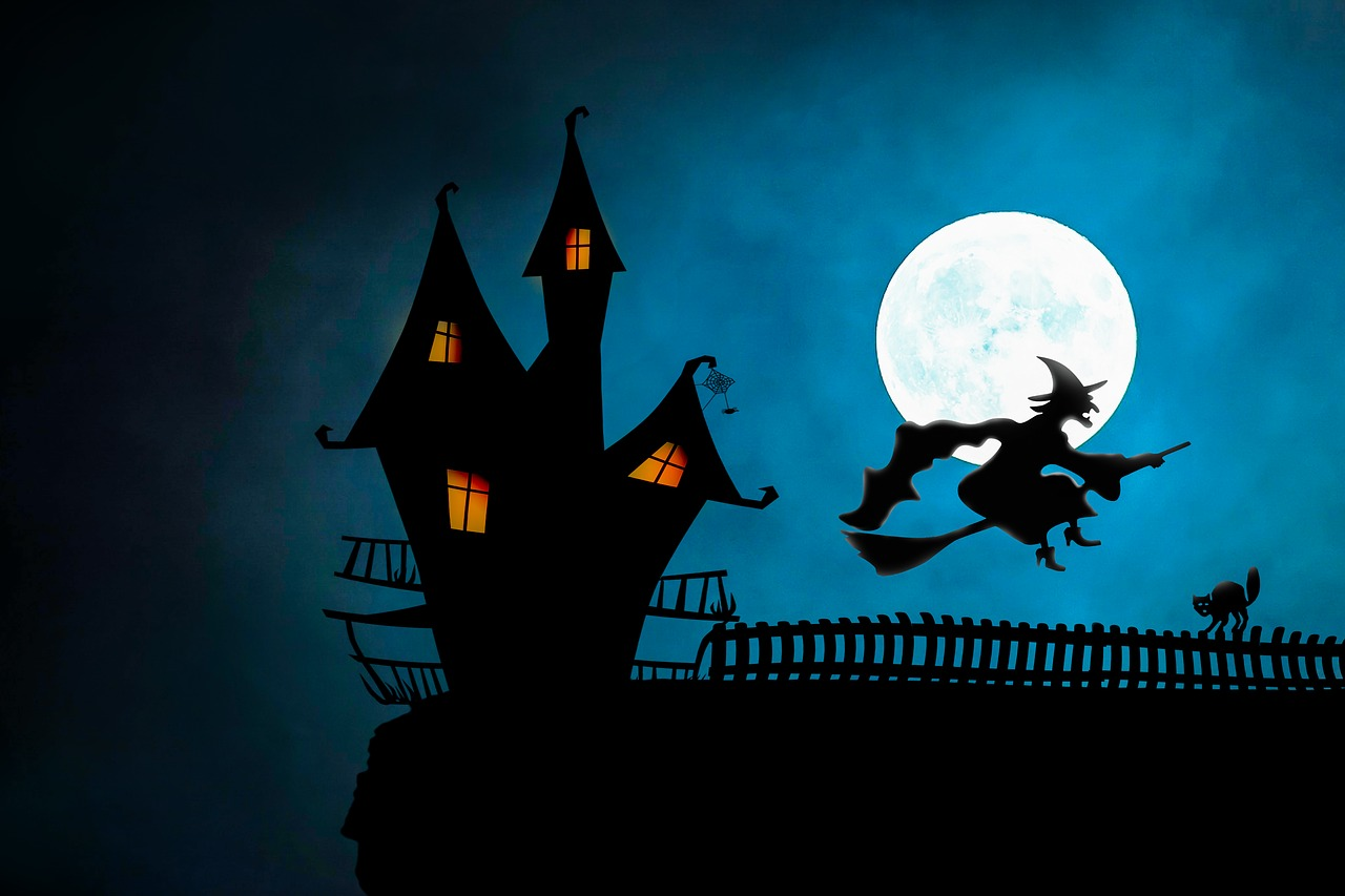 Spooky, eerie, and other creepy songs from the Great American Songbook. (Credit: Pixabay)