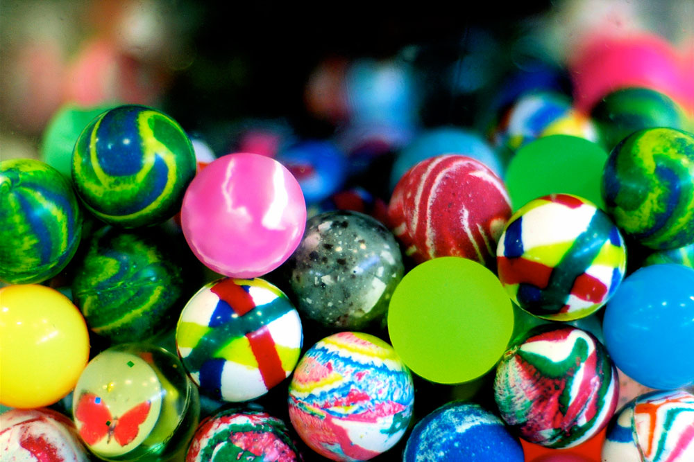 different color bouncy balls