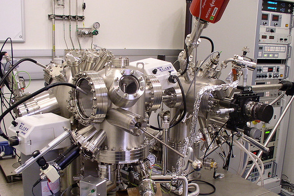 Omicron Atomic Force Microscope