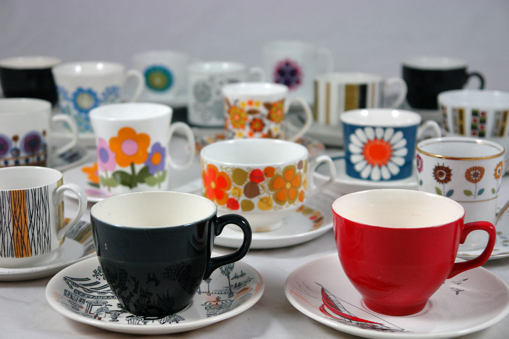 tea cups of different colors and sizes