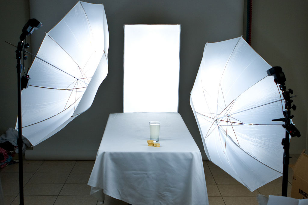 milk with two light reflectors used for taking professional photos