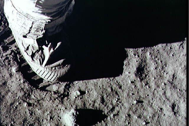 footprint on the moon's surface