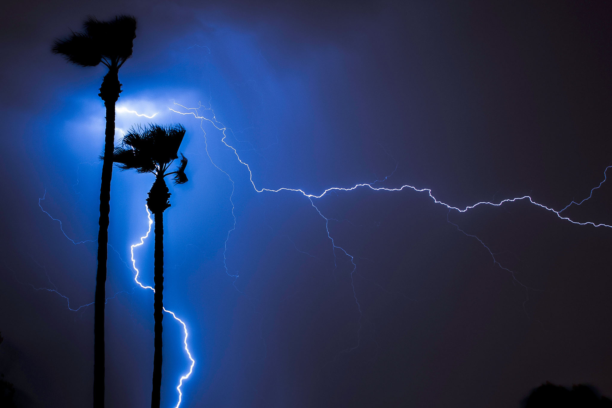 According to NOAA, in 2017 only 16 people were killed by lightning in the United States. Photo by Kenneth Hagemeyer (Flickr)