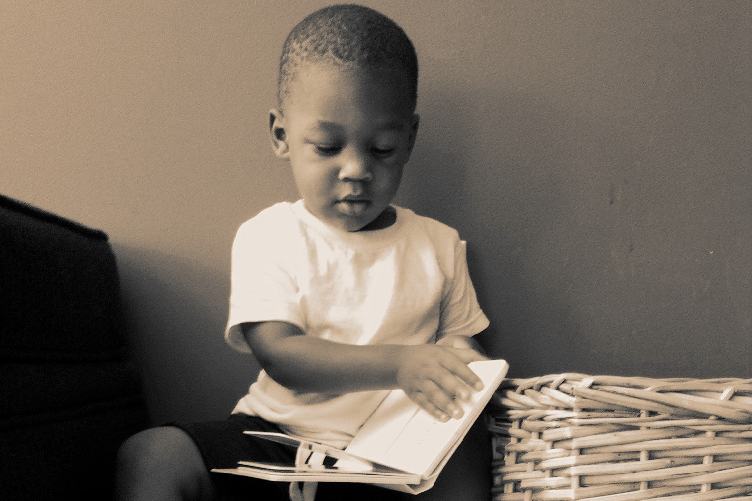 Children who are read to as infants show significant developmental advantages between the ages of 3-5. (Jason Parks, Flickr)