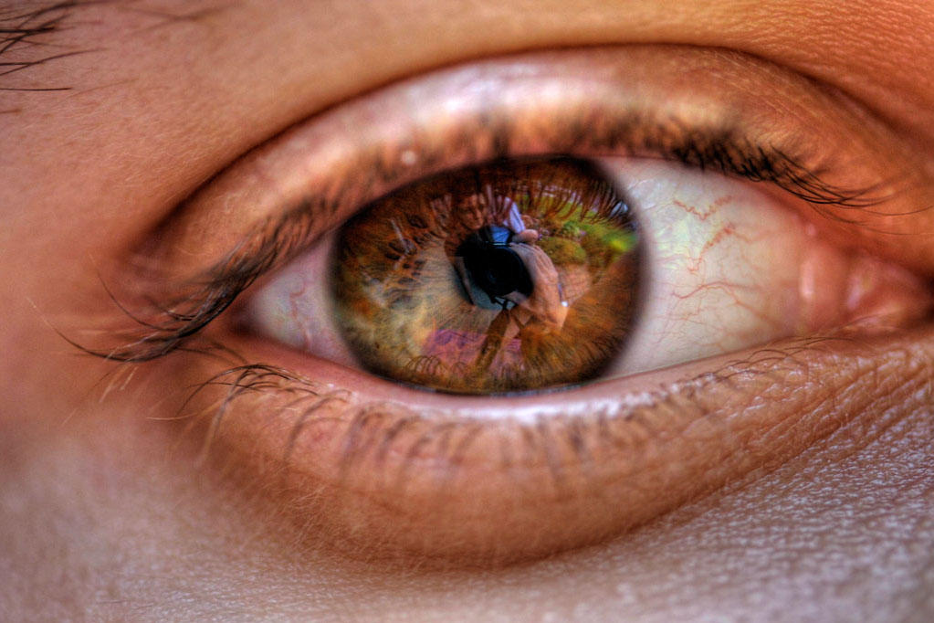 Someone else's eyes might tell you a lot about them. (Paul Parker, Flickr)
