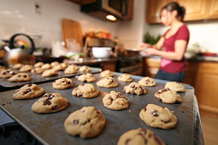 vegan cookie baking