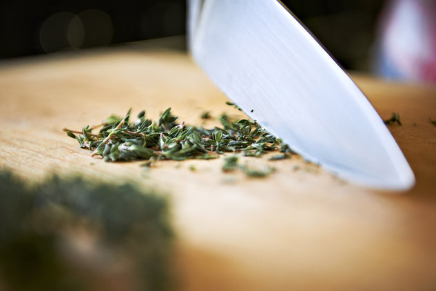 chopping thyme