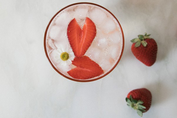 With strawberries coming in season in the Midwest, along with the warmer weather, this Cocktail seems just right. (Adrianna Adarme/PBS Food)