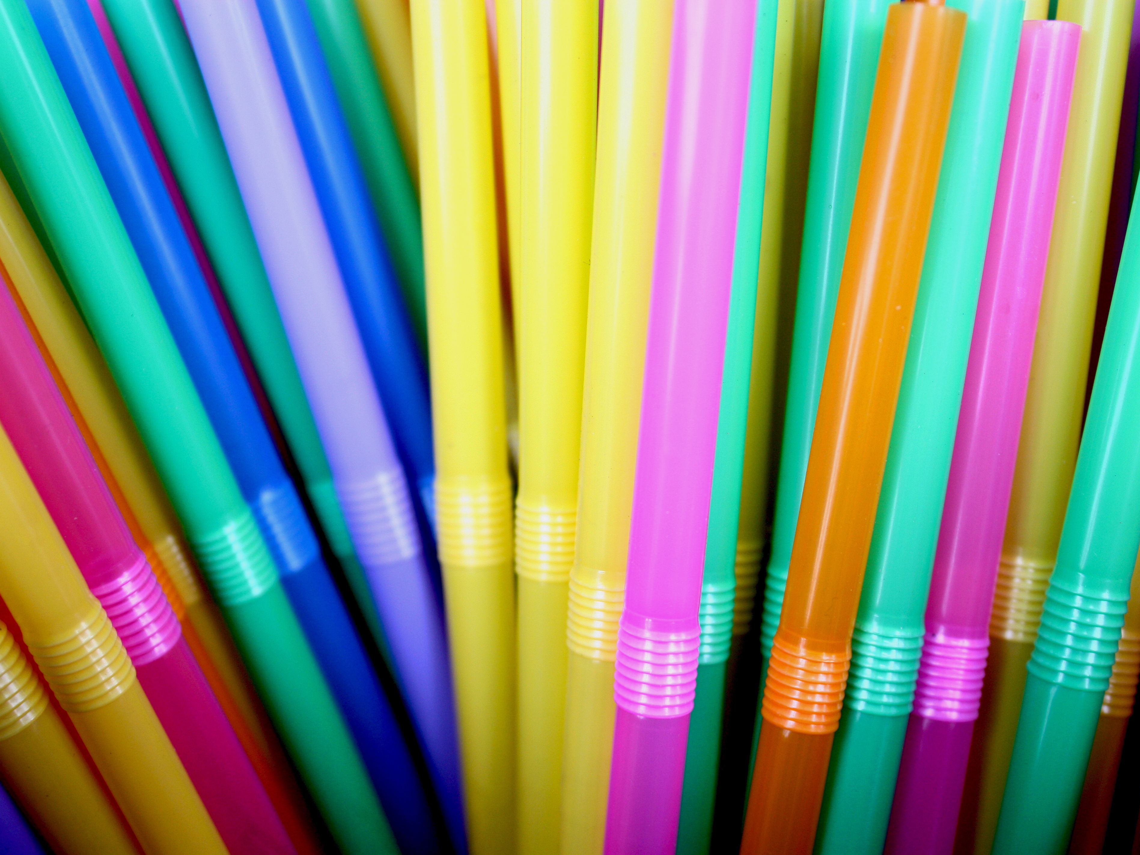 As cities and companies -- including Starbucks -- move to oust straws in a bid to reduce pollution, people with disabilities say they're losing access to a necessary, lifesaving tool. (Thn Rocn Khosit Rath Phachr Sukh /EyeEm via Getty Images)
