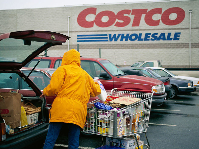 Costco Wholesale requires its food suppliers to undergo annual inspections and requires some produce suppliers to hold shipments until tests come back negative for disease-causing bacteria. (Mark Peterson/Corbis via Getty Images)