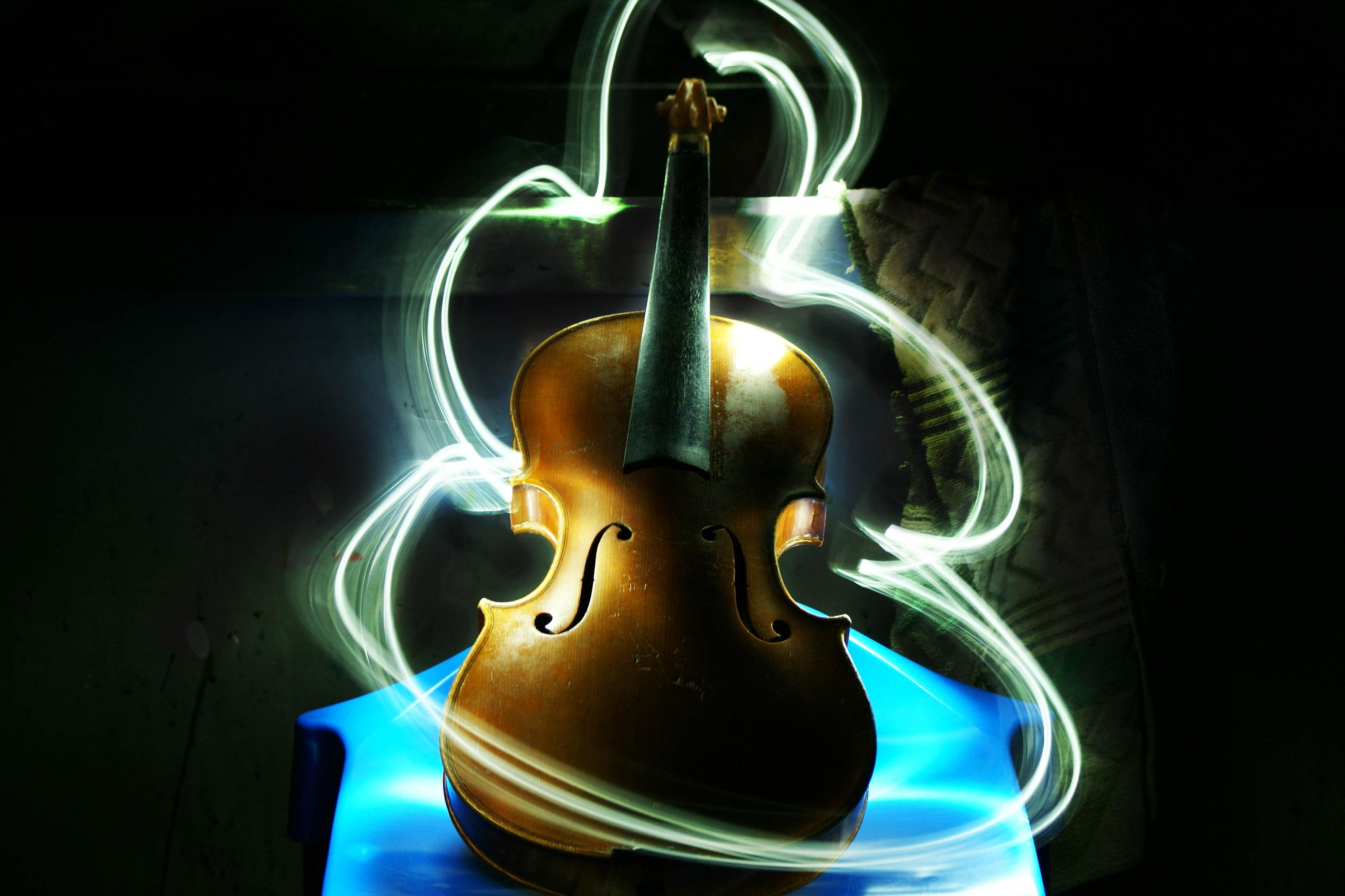 Violin Light Drawing