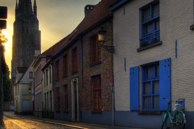 A road in Bruges: a city where composer Jean Richafort lived and worked.