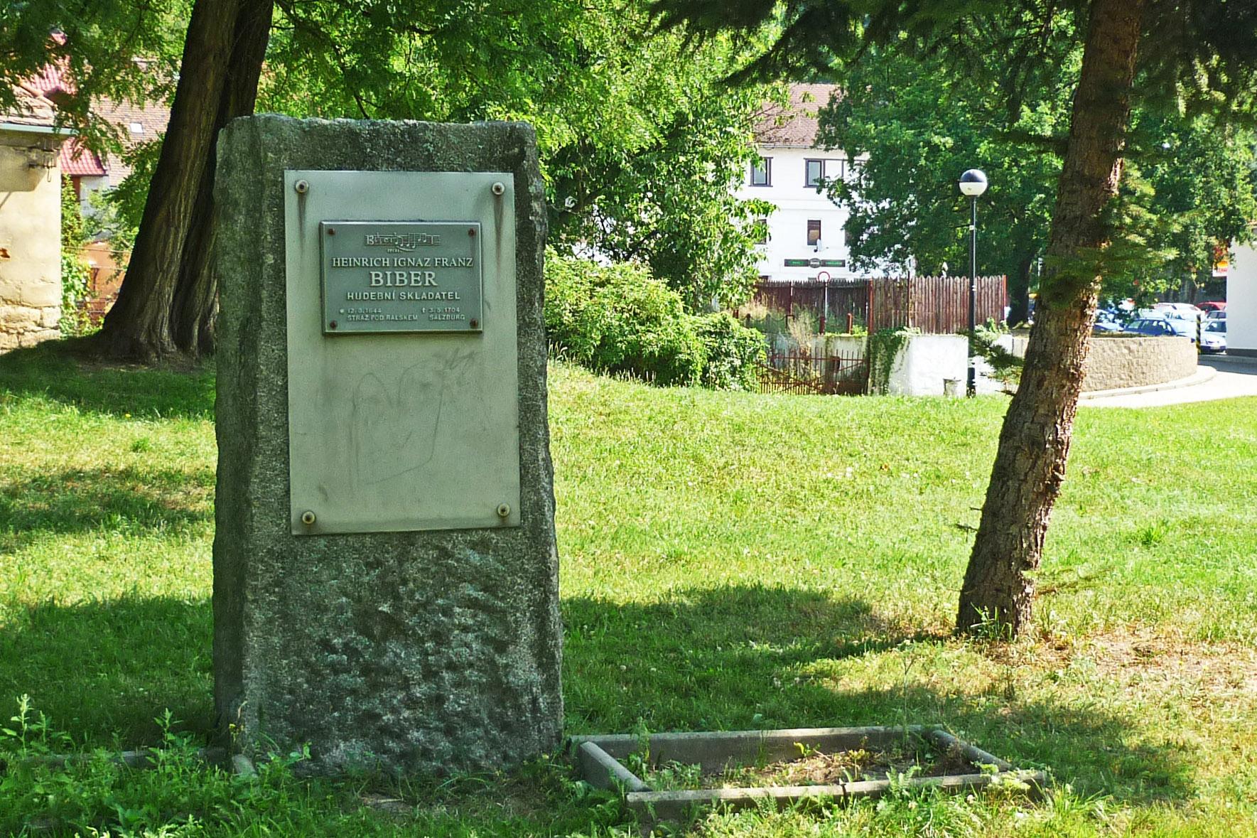 Biber monument