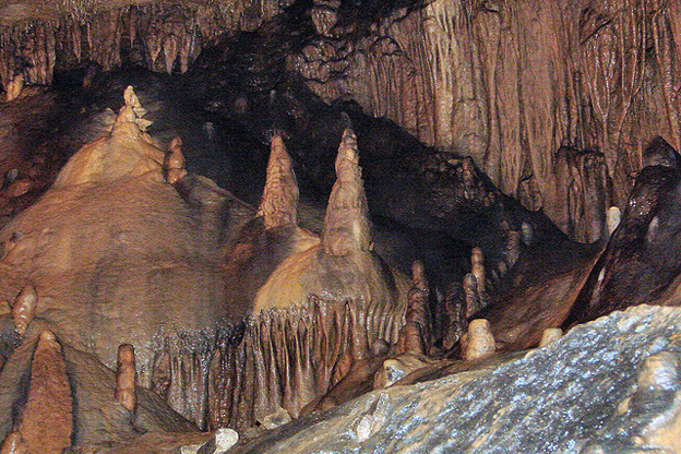 Crawford County Cave