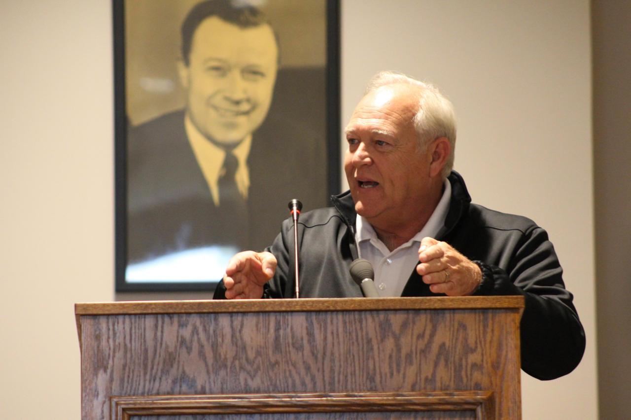 United Auto Workers president Dennis Williams speaks to members in Kokomo on Monday, Oct. 3.