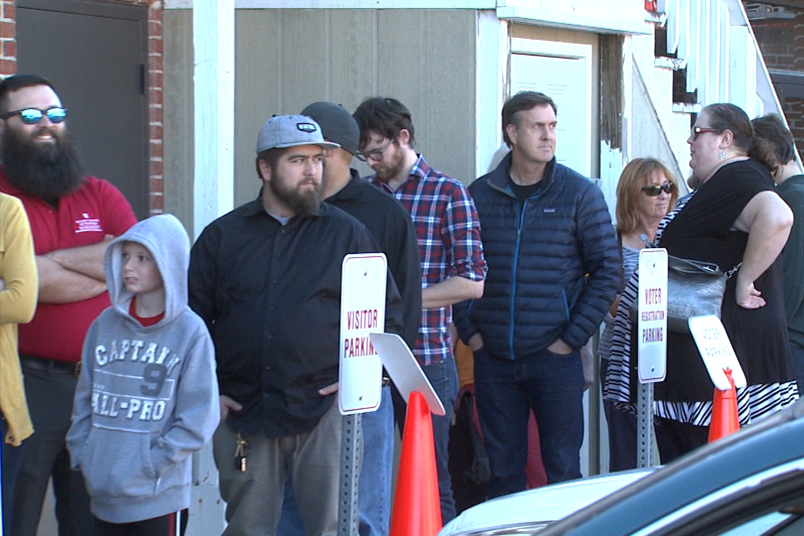 Hoosiers stand in line to vote early in Monroe County.