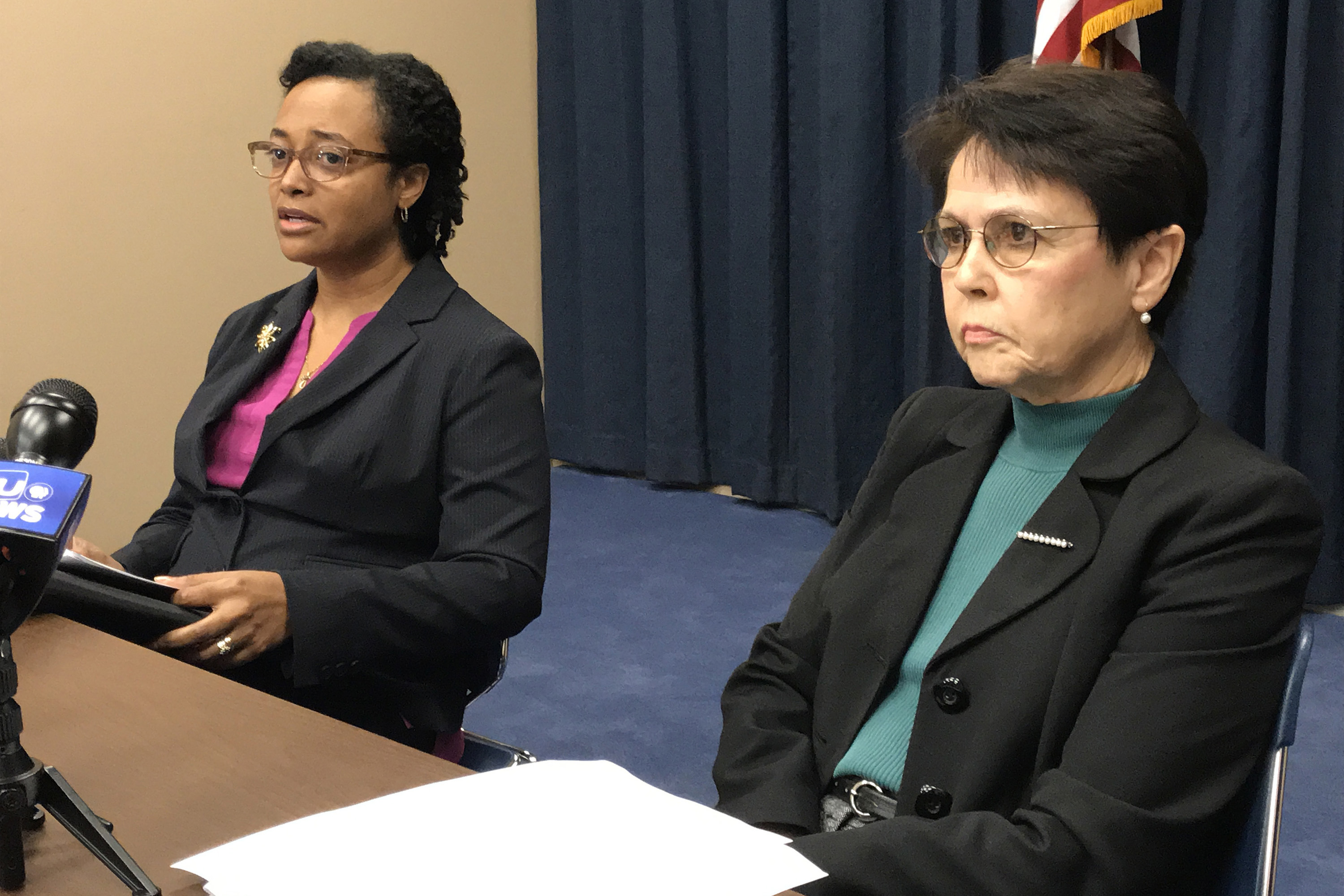 DCS Director Terry Stigdon, left, and independent consultant Sue Steib, right, discuss the first progress report of the agency evaluation in February. (Photo: Brandon Smith)