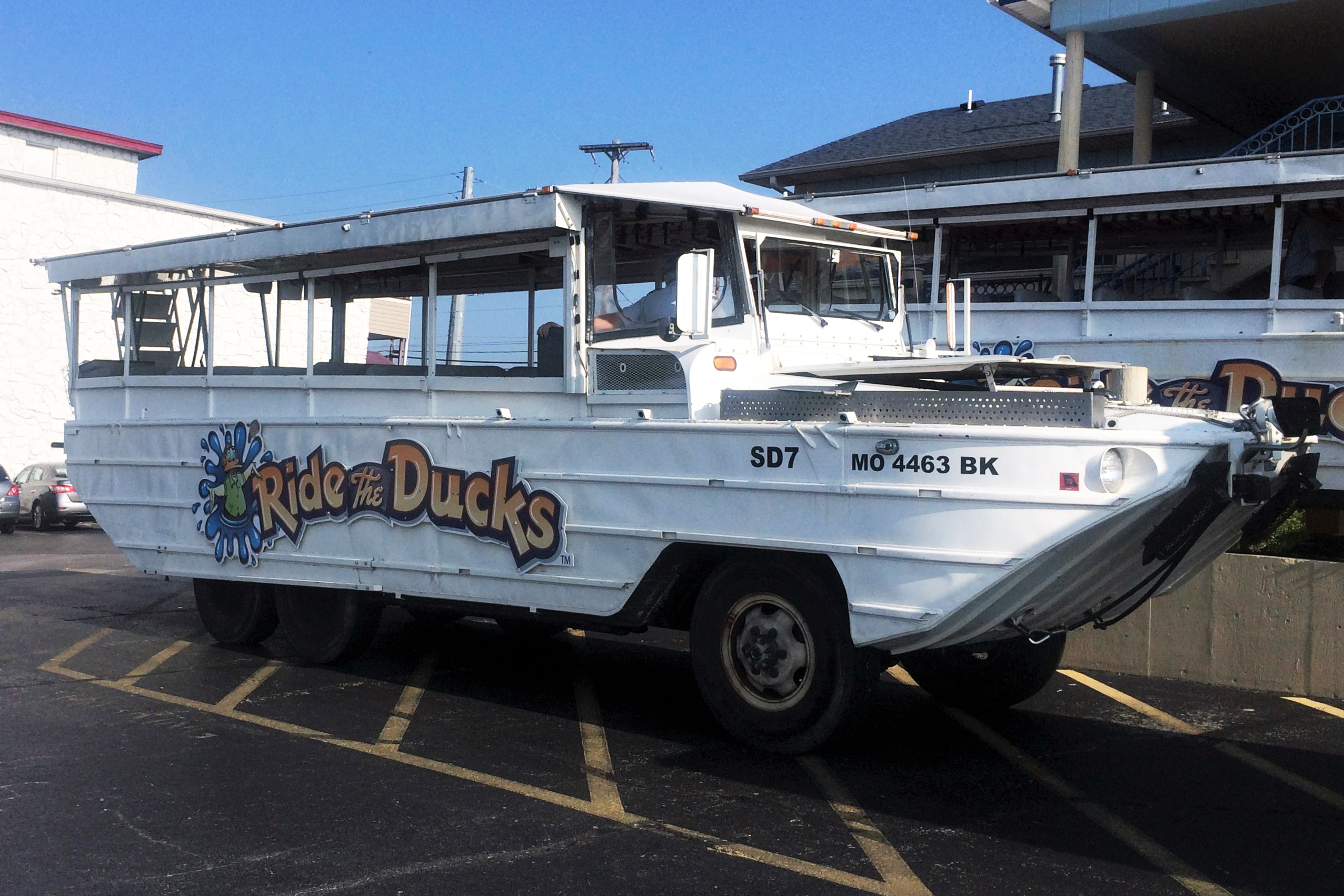 A 'Ride the Ducks' duck boat like the one that sank in Missouri on July 19 (David Wills, Wikimedia Commons)