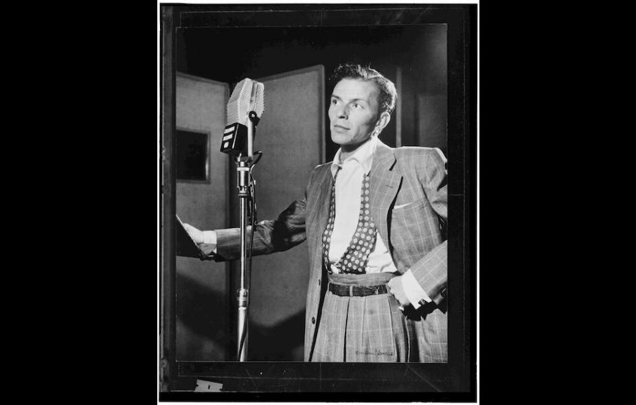 Photo of Frank Sinatra late 1940s