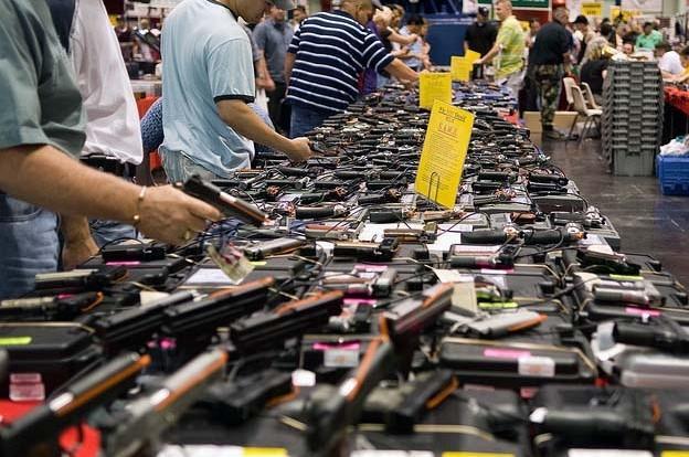 gun show pic