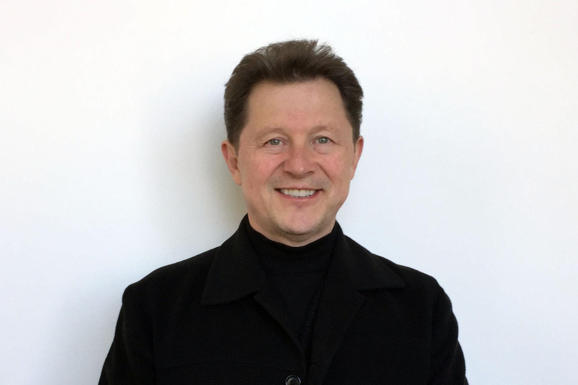 Roberto Salinas-León (Aaron Cain, WFIU)
